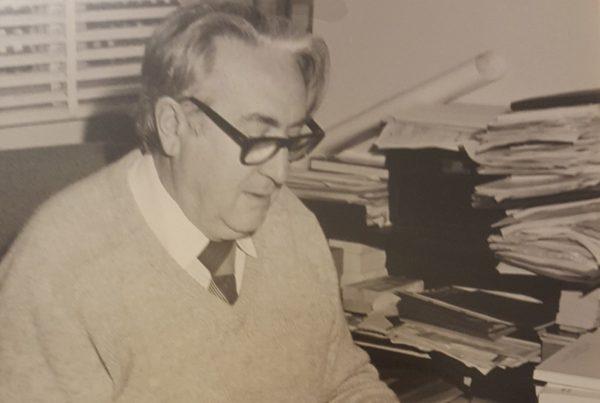 Dr Iwan Nikoloff
