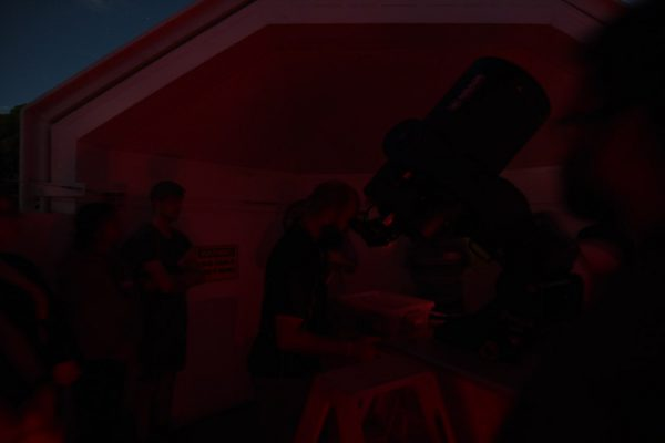 Star Adoption telescope viewing session. Image Credit: Matt Woods