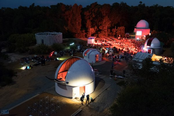 Telescope viewing area during the ABC Stargazing Live record attempt. Image Credit: Roger Groom